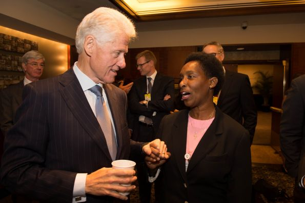 Loretta And President Clinton 2012